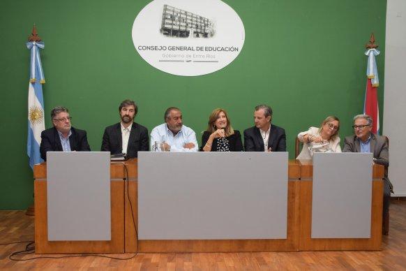 El gobierno y la CGT analizaron el futuro del trabajo en un encuentro sindical
