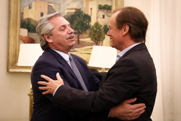 Alberto Fernández firmó con Bordet un crédito internacional para un aeropuerto y proyectos de integración productiva
