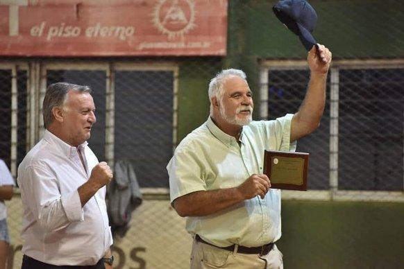 El Torneo Nacional de Clubes Mayores Masculino de Sóftbol se juega en Paraná