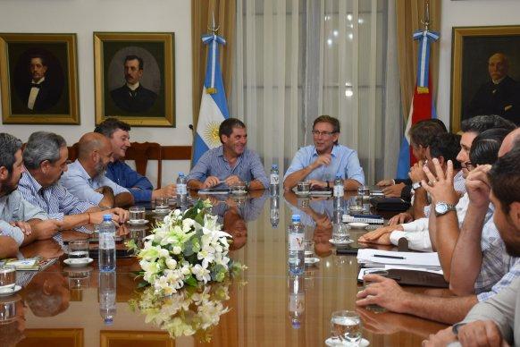 El gobierno abrió el diálogo con la Mesa de Enlace por la actualización del inmobiliario rural