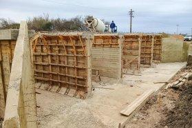 Firman contratos para la construcción de calzadas y alcantarillas en caminos del departamento Paraná