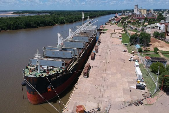 Extreman las medidas de prevención para la operativa portuaria