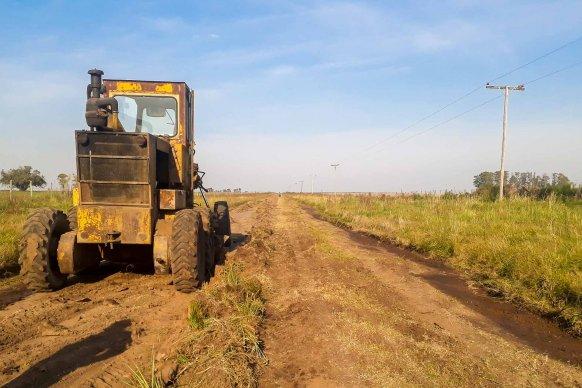 Reconstruyen caminos productivos del departamento Gualeguay