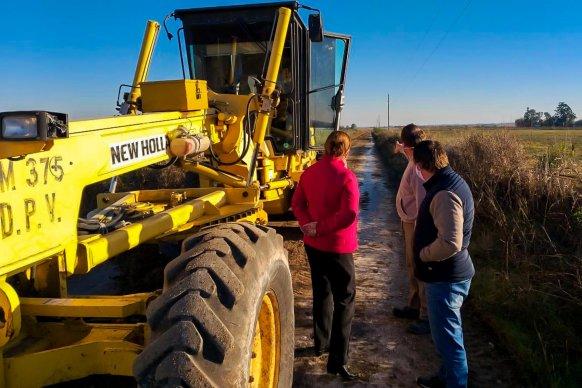 Planifican trabajo de conservación entre Aldea Santa Rosa, San Rafael y evalúan su pavimentación