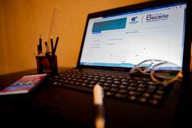 Comienza el pago de becas estudiantiles provinciales