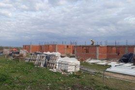Con recursos provinciales reanudaron  la construcción de viviendas en dos localidades entrerrianas