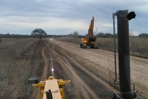 Se avanza en la reconstrucción de la Ruta 33 entre los departamentos Paraná y Nogoyá