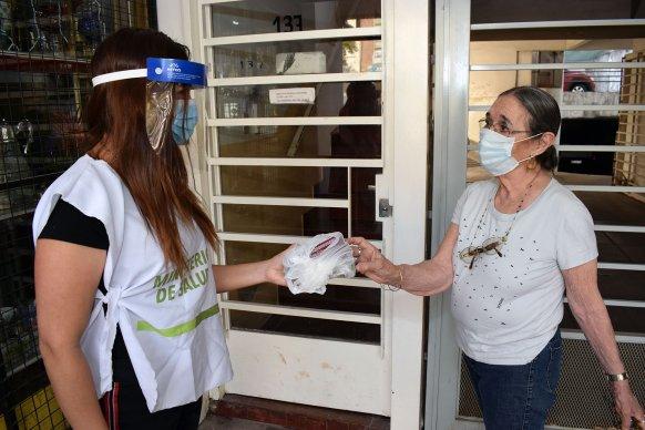 Más de 130 pacientes trasplantados reciben su medicación en sus casas
