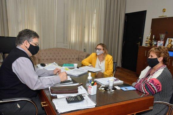 En Concordia comenzó la prueba piloto de entrega de productos frescos a personas mayores