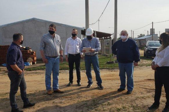 Constataron un 90 por ciento de avance en la obra de agua potable de La Criolla