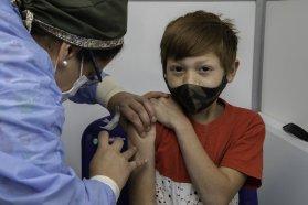 Autoridades de Salud visitaron el dispositivo de vacunación extra muros del CRR Ramón Carrillo de Paraná