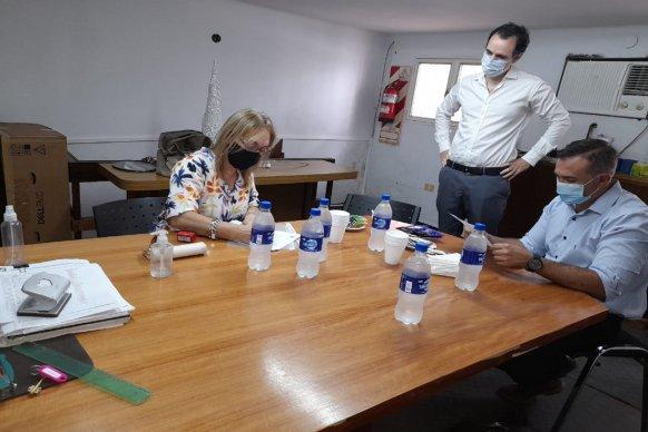 La secretaria de salud entregó respiradores en Concepción del Uruguay
