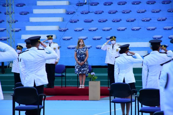 Egresaron 53 nuevos oficiales de la Policía de Entre Ríos
