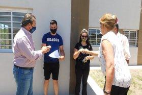 Nuevas familias de Antonio Tomás cuentan con sus casas propias
