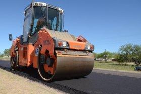 Con una inversión de 300 millones de pesos, provincia y Nación repavimentan la ruta que une Crespo y Diamante