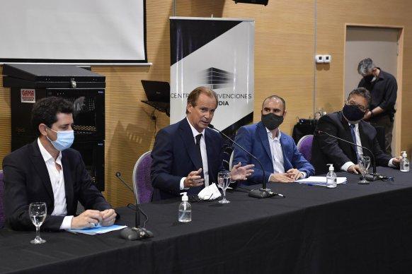 Bordet y ministros nacionales se reunieron con el sector privado por la generación de más trabajo