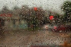 Se recomienda transitar con cuidado en rutas y caminos por la presencia de lluvias