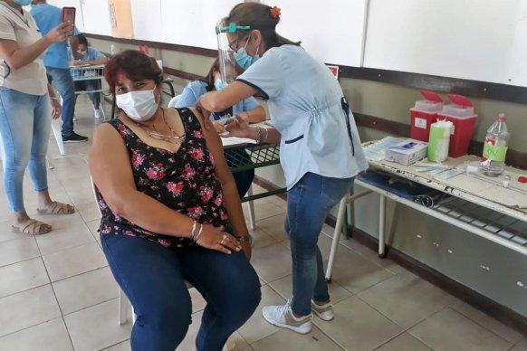 Destacan la organización de la campaña de vacunación contra el Covid en el departamento Islas del Ibicuy