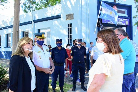 Valoran el trabajo conjunto entre gobiernos y sociedad civil en la reconstrucción de la comisaría de Villa Elisa
