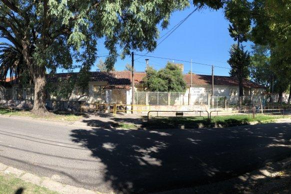 Comenzaron los trabajos de construcción del edificio para la escuela Bazán y Bustos
