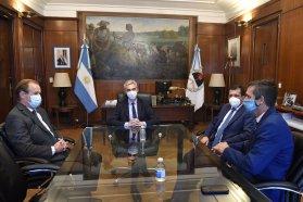 Bordet analizó con el ministro de Transporte el control de las fronteras