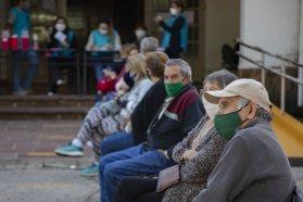 Avanza el Plan Rector de Vacunación y ya se están registrando las personas de 60 a 69 años