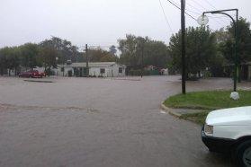 La provincia monitorea y brinda asistencia en distintos departamentos afectados por las intensas lluvias