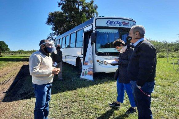 El Becario realizó operativos de control del transporte escolar rural en el departamento Federal