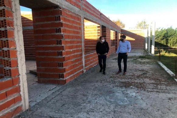 La provincia proyecta construir una nueva escuela primaria en Larroque y reactivará la obra del edificio de la técnica