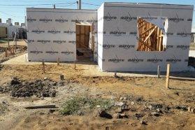 A buen ritmo, avanza la construcción de viviendas de madera en Chajarí