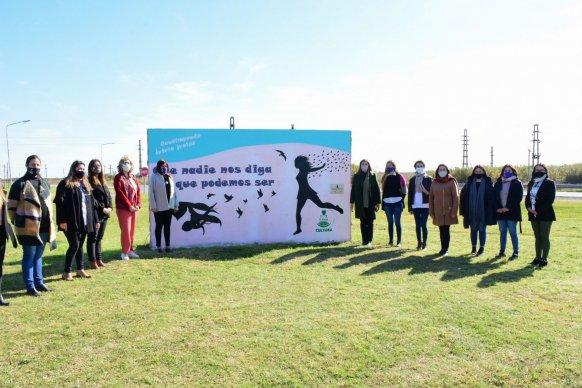El Pingo se suma a las propuestas de murales en homenaje a las mujeres trabajadoras