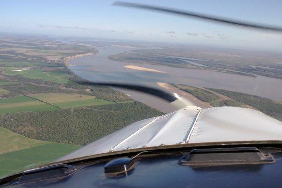 Entre Ríos realiza vuelos de inspección y relevamiento con medios propios en la zona de islas del Delta