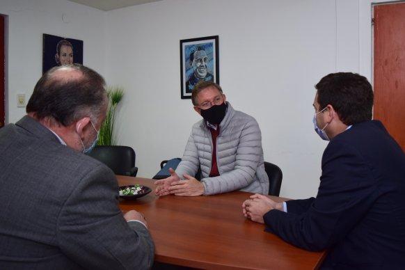 Bahillo se reunió con empresarios del frigorífico PGA para interiorizarse de la situación de la firma y sus trabajadores