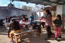 El programa de apoyo escolar del Becario continuó con las actividades durante el receso invernal