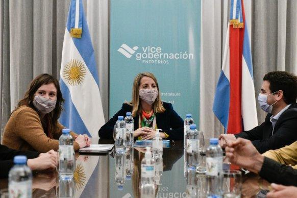 La Vicegobernación presentó la convocatoria Residencia de arte entrerriano con matriz del agua
