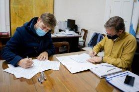 El Becario y el Ministerio de Producción firmaron convenios para la formación e inserción de estudiantes
