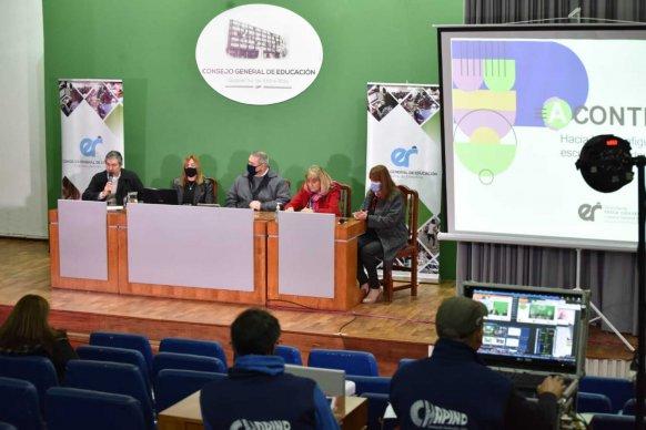 El CGE lanzó el programa Acontecer: hacia la reconfiguración de la escuela secundaria entrerriana