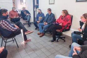 Planifican mejoras viales con municipios y comunas del departamento Concordia