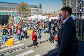 La feria de las carreras del Becario recibió a más de 1000 estudiantes en la primera jornada