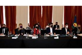Autoridades sanitarias del país tomaron definiciones sobre un amplio temario en un encuentro del Cofesa