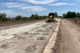Comenzaron los trabajos de repavimentación en el acceso a Don Cristobal 2°