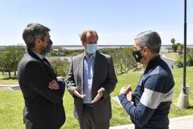 Bordet acordó con ministros nacionales programas de empleo y estímulos para el turismo